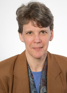 Nancy Kluge Headshot